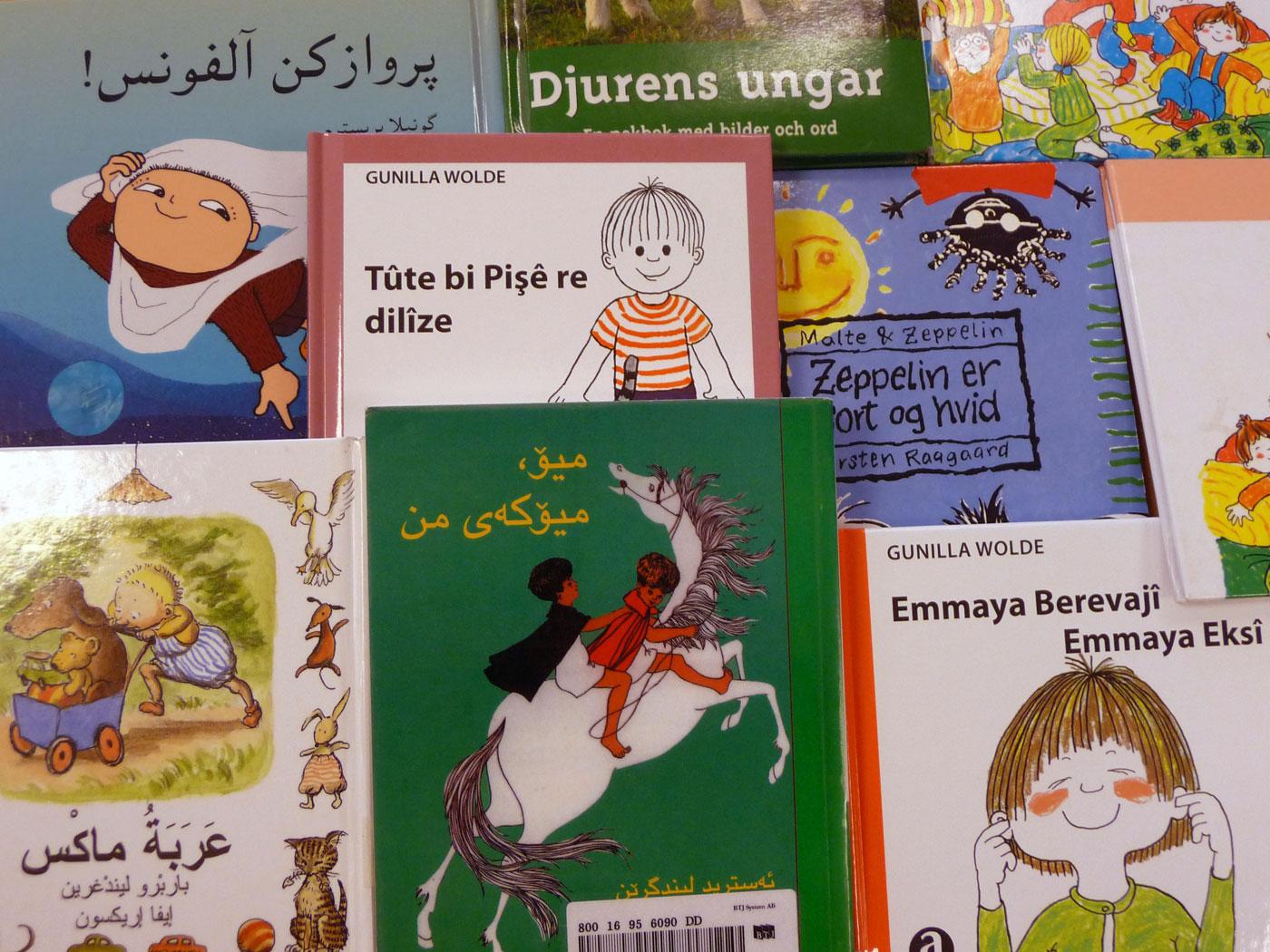 Sagoböcker på främmande språk Foto:Lisbeth Svensson