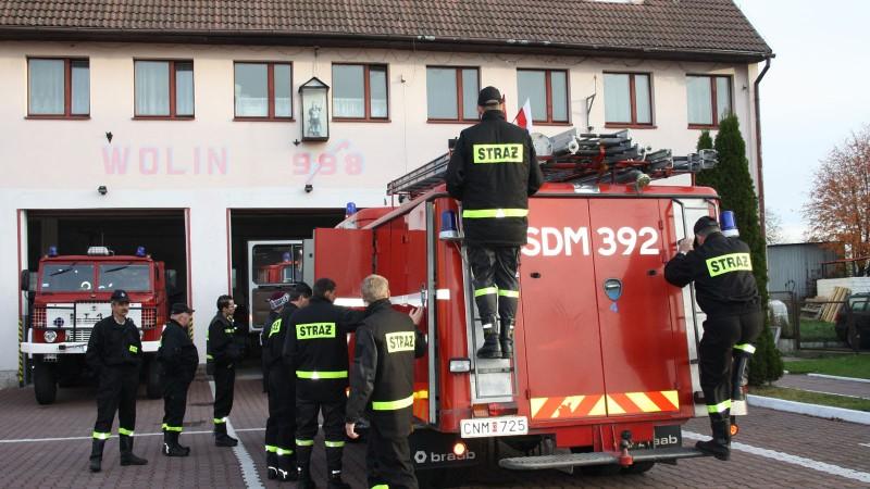Överlämning av brandbil i Wolin. Foto: Claes Nilsson