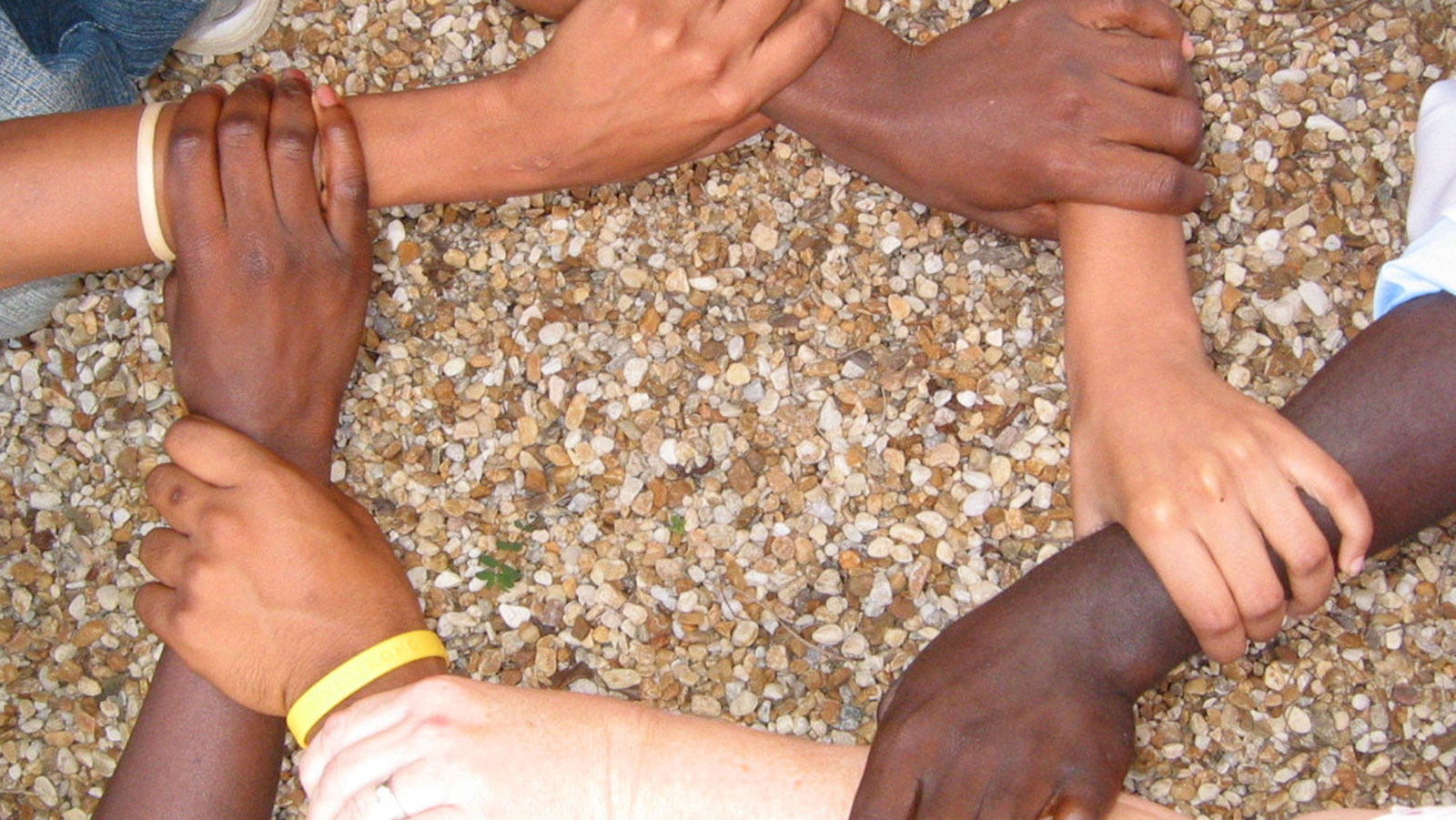 Händer. Foro: Avondale Pattillo UMC, by flickr.com