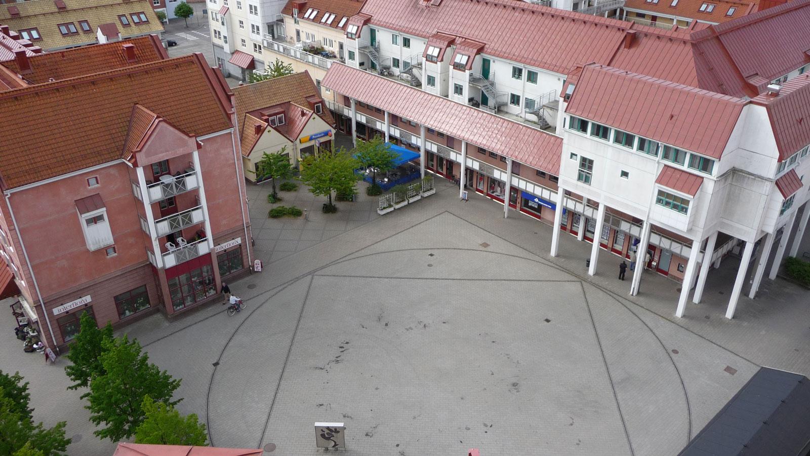 Torget_takåsar: Foto: Staffanstorps kommun