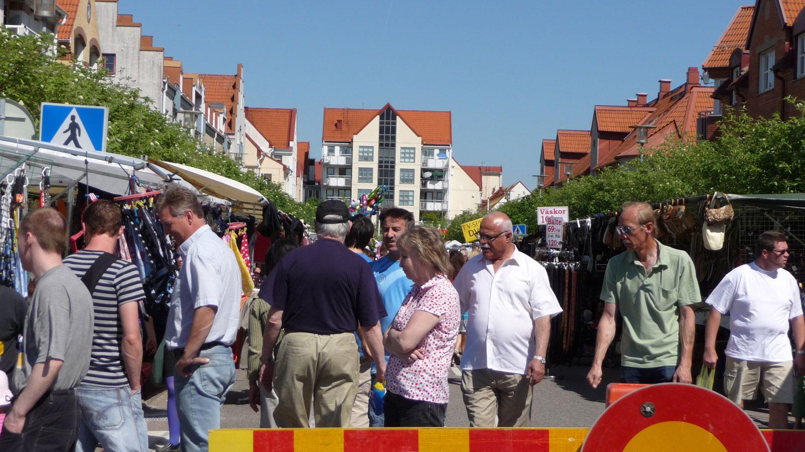 Marknadsgata under Bonnamarknaden i Staffanstorp. Foto: Lisbeth Svensson
