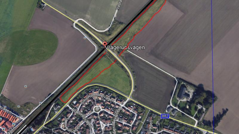 Bullervallen inom den röda markeringen ska flyttas en kort bit. Bild: Trafikverket
