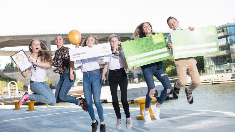 Vinnarna från Hagalidskolan årets Webbstjärna Foto: iss Stiftelsen