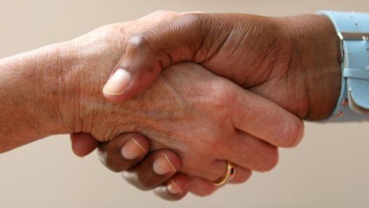 Handslag. Foto: Meditations via Pixabay