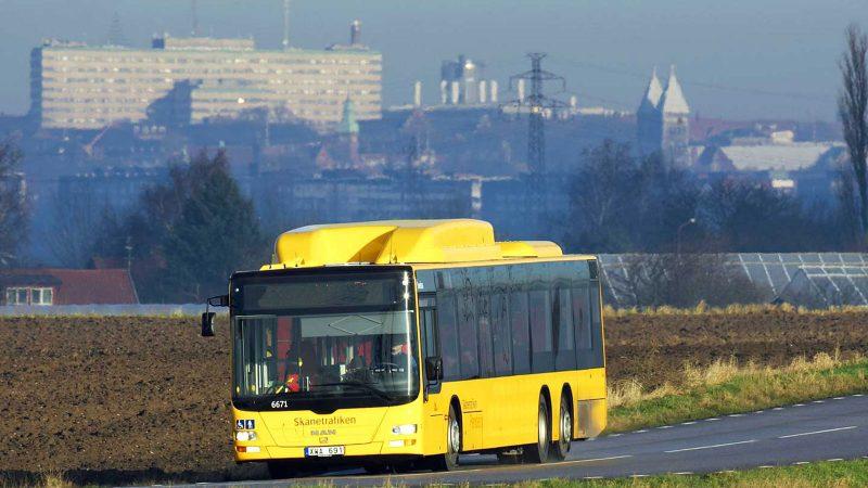 Regionbuss, Pendeln, i landskap Foto och licens: Skånetrafiken