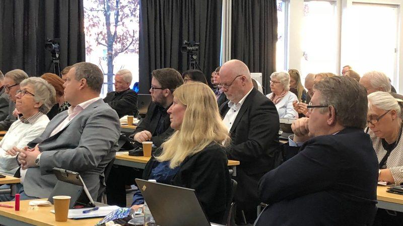 Kommunfullmäktiges möte i före detta biblioteket, Staffanstorp. Foto: Lisbeth Svensson
