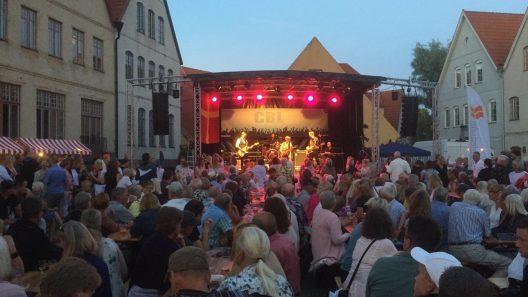 Danne Stråhed och Dynamo drog åter storpublik till Skånefestivalen i Jakriborg. Foto: Ivar Sjögren