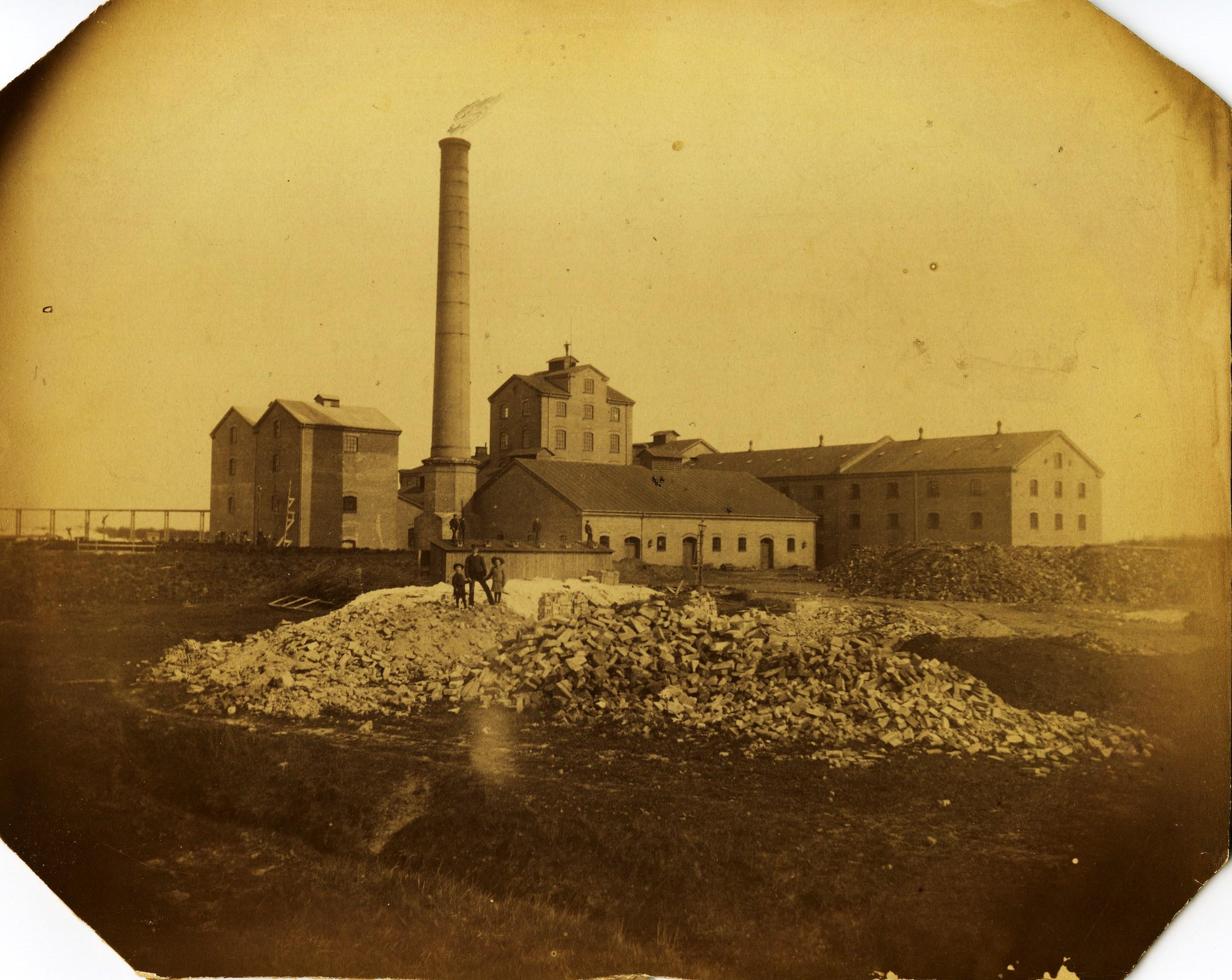 Sockerstan, Fabrikens skorsten 1886
