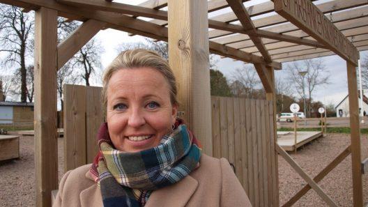 - Jag är stolt över att vara från Gnosjö och jag är stolt över att bo i Staffanstorp, säger Karin Nilsson.